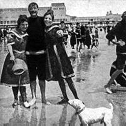 Atlantic City Bathers 1915